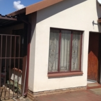 2 bedroom house available