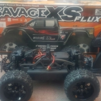 Savage XS Flux with bats and charger