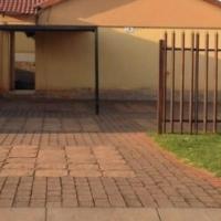 House urgent sale in Leachville Brakpan