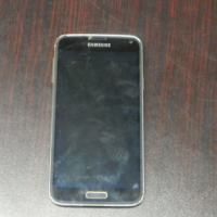 Samsung Galxy S5 Cell Phone
