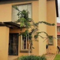 LOVELY LOCK-UP AND GO FOR SALE IN WILLOW PARK MANOR, PRETORIA, GAUTENG