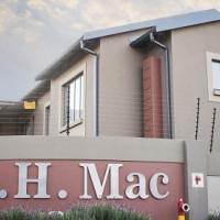 S.H. Mac 31, 2 Bedroom Upstairs Unit, No garden, 1 bathroom, Braai with patio