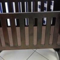 Swing Crib 95cm lengte x 75cm hoogte x 50cm breedte