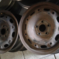 Polo vivo steal rims size 14 and other various steal rims