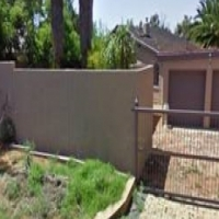 3 Bedroom House with a swimming pool for sale in Doringkloof