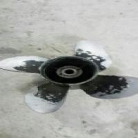 4 blade Mercury prop