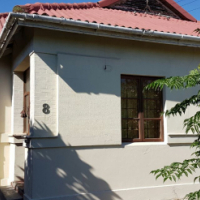 Cosy house with granny flat for sale in Sybrand Park