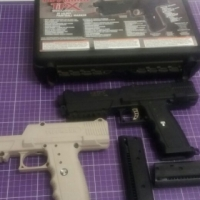 tippmann tipx paintball pistol  with extra body carry case and 2 mags