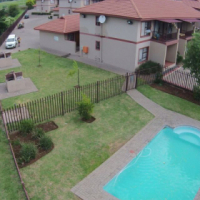 Modern 3 bed, 2 bath Duplexes For Sale in Secure Complex Mont Pelaan, Newcastle: