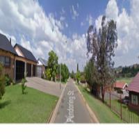 4 Bedroom House in Tasbet Park 1