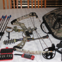 Mathews Mission Venture 70 lb compound bow