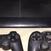 Playstation 3 ,2 controls and 10 games