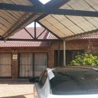 House to rent Rooihuiskraal