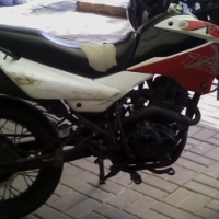 Bashan xplode 125 motorbike