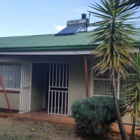 Modest 4 Bedroom Family house in Witpoortjie