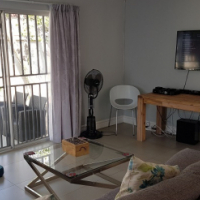 Three Bedroom House To let - Brooklyn
