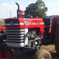 S2375 Red Massey Ferguson (MF) 165 2x4 Pre-Owned Tractor/Trekker