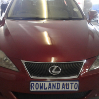 2009 lexus 1.5 250 for sell R118 000