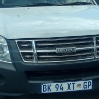 Weekly Sales: 2012 Isuzu Kb S/c bakkie for R 99000.00