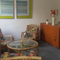 Spacious bachelor studio in country estate