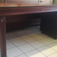 Wetherleys Lampung Stunning Desk