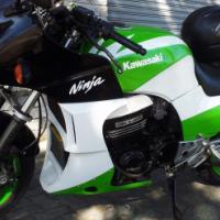 Kawasaki Ninja GPZ 900R