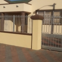 Cheap fully furnished rooms available at Dennemere, Blackheath, Kuilsriver, Cape Town
