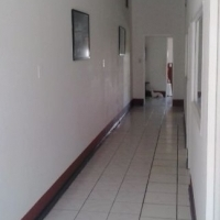 FULLY FURNISHED SELF CATERING ROOMS, 10 MINUTES FROM CAPE TOWN CBD R5200PM