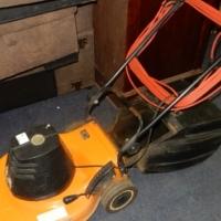 1800W Rolux Lawnmower