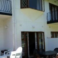 2 Bedroom Duplex FOR SALE in Uvongo