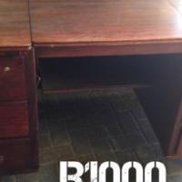 Solid Old scool desk