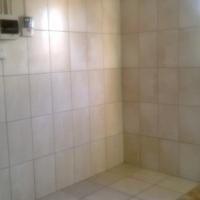 single n secured backroom to let