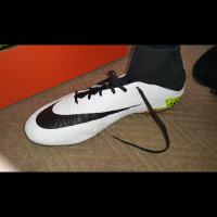 Nike boots Hypervenom UK9.5