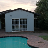 Lovely family home in the heart of Ashley, Pinetown with pool, pre-paid meter and secure pkg. Imm