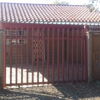 Secure and spacious garden cottage