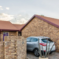 3 Bedroom Townhouse for sale in Montana Pretoria