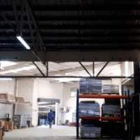 MASSIVE HIGH ROOF warehouse with offices and large yard to let in town! Ideal manufacturing/engineer