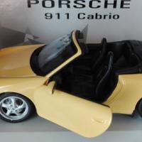 Model car - UT Models 1:18 - Porsche 911 Cabrio