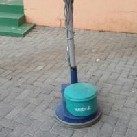 Wetrok 2 in 1 dual scrubbing & polishing floor machine