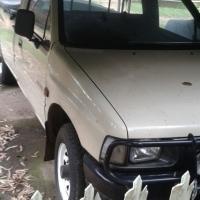 1991 Isuzu KB250