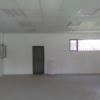 133m2 retail shop to let in busy centre in Primrose, Germiston