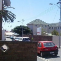 LONG AND SHORT TERM.FULLY FURNISHED,SELF CATERING ACCOMMODATION IN A SECURE WOODSTOCK R5200PM
