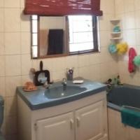Cosy 2 bedroom granny flat