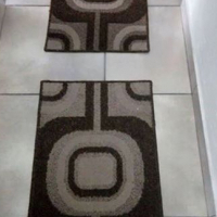 2 x mats brown and beige