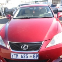 Lexus is 250 s, auto, Leather Interior, 5-doors,   Factory A/c, C/d Player, Central Locking,  mobili