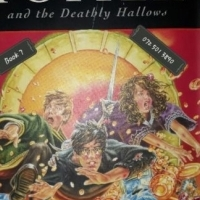 Harry Potter And The Deathly Hallows - J.K. Rowling - Book 7.