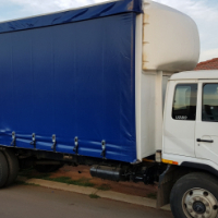 2010 Nissan Curtain side UD80 Truck 0719408609 Excellent condition.