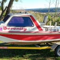 River Cabin Boat 4.2, Trailer & Motor