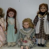 5x Porcelain Dolls