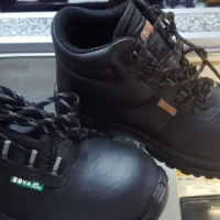 Bova safety boots for sale
